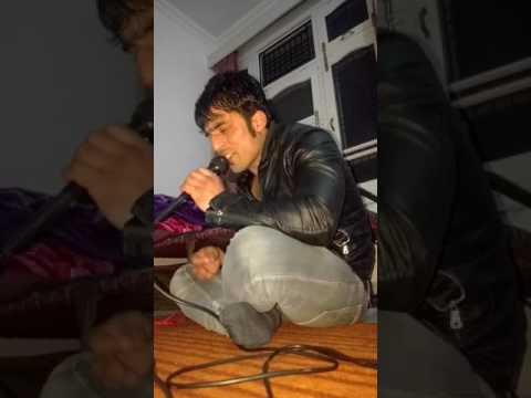Kashmiri singer sing jab jab tere paas...