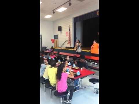 Ek speaking to the Diamond Lakes Elementary school about bullying