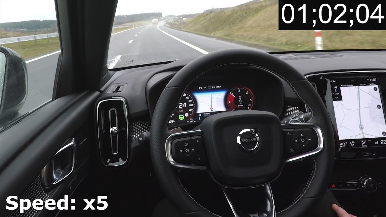 Volvo XC40: Pilot Assist on a highway - real life test ...