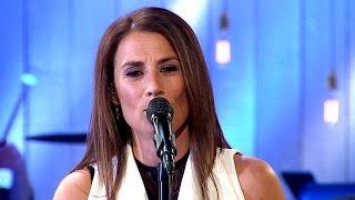 Jill Johnson - Himlen är oskyldigt blå - Så mycket bättre (TV4)