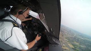 LOT BOEING 787 DREAMLINER Landing in Warsaw EPWA Pilot`s View SP-LRC GoPro HD