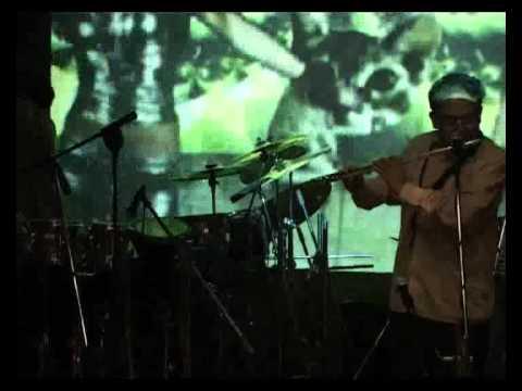 Fusion Fellowship belting some Smooth Smyphony @ The 6th Karaoke Anniversary Of Savio D'Sa- 3.avi