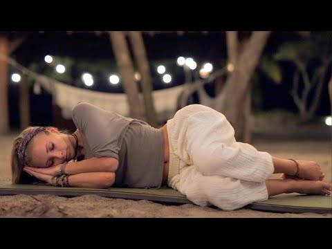 Bedtime Yoga | Gentle Yoga With Deep Sleep Music To Relax & Unwind