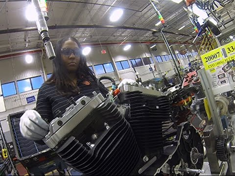 Manufacturers Seek Women for Hard-to-fill Jobs
