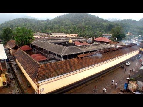 Rainy morning at Mookambika Temple