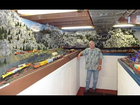 Large Private Model Railroad RR HO H.O. Scale Gauge Train Layout of Bill Otter 's awesome trains