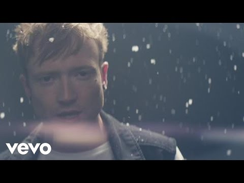 Mallory Knox - Shout at the Moon (Official Video)