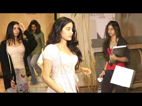 jhanvi kapoor and suhana khan spoted at Manish Malhotra House