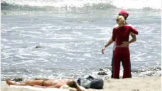 Enrique Iglesias & Anna Kournikova  on the beach etc.