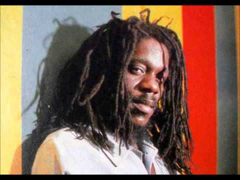 Dennis Brown   I Am The Conqueror