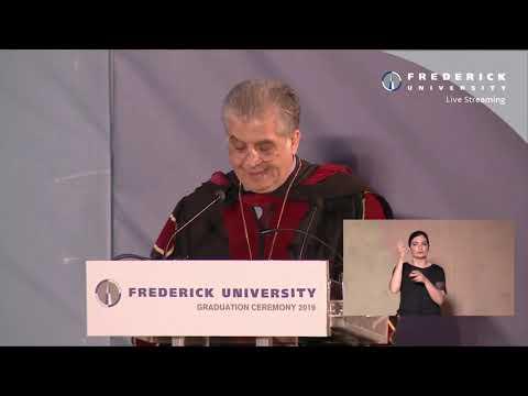 Τελετή Αποφοίτησης 2019 - Γιώργος Δημοσθένους