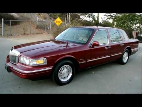 1997 Lincoln Town Car * 1 Owner*  83K Orig Miles Car Guy A+ Used Last Year Box Panther