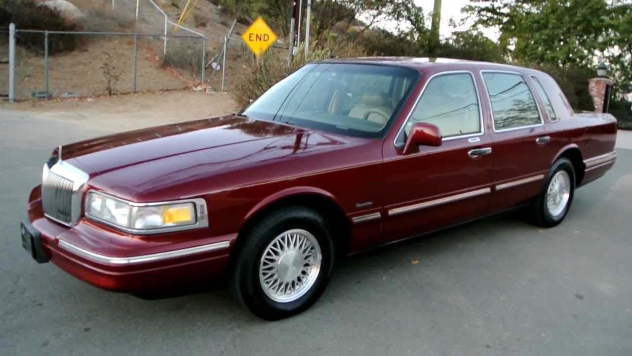 1997 Lincoln Town Car * 1 Owner* 83K Orig Miles Car Guy A+ Used Last