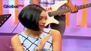 Full Teh Ninih Penjual Getuk Cantik Jadi Model dan Artis Tampil di ...