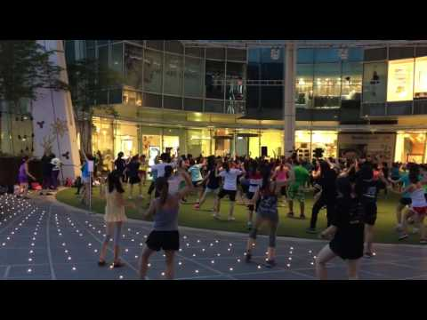 Exercise dance at Capital Singapore 6 Dec 2016