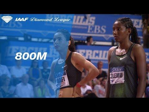 Caster Semenya 1.54.60 Wins Women