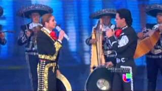 LUCERO Y PEDRO FERNANDEZ FIESTA MEXICANA 2013 (celebrando la independecia mexicana)