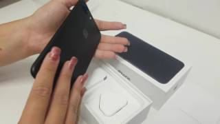 iPhone 7 Plus 32GB Black by Apple Unboxing Video