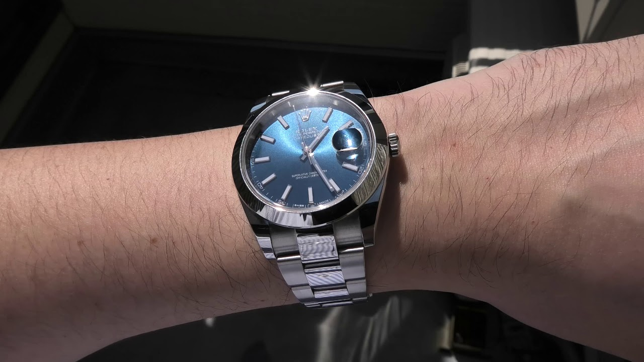 (4K hd) Rolex datejust 41 blue dial / Oyster bracelet / Smooth bezel / Ref  126300