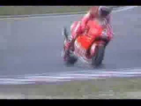 Max Biaggi Brno 2002 BurnouT