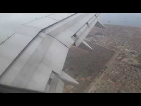 Airplane Landing ANGOLA Airlines from Lubando to Luanda - BOEING 737