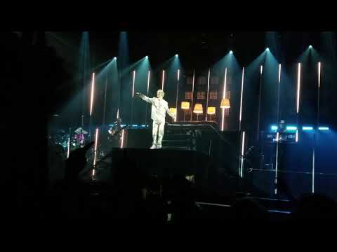 Better now cover troye sivan- Toyota music factory Irving TX (9/21/18)
