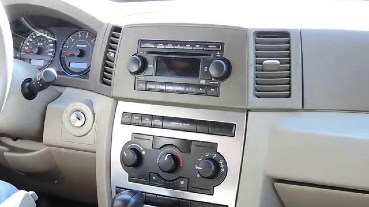 Radio Jeep Gran Cherokee 2005 2010 Youtube Grand Double Din Dash