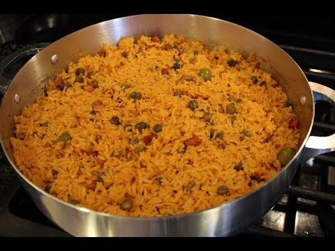 How to make good yellow spanish rice and beans with sofrito sazon