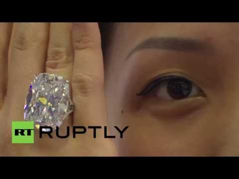 Singapore: Hyper rare diamond exhibited at deluxe jewellery expo