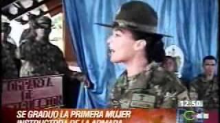 PRIMERA MUJER INSTRUCTOR BASICO EN LA INFANTERIA DE MARINA.wmv