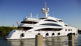 11.11 Yacht | Arriving in Dania Beach