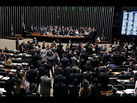 Câmara Hoje | 20/04/2017 - Aprovada urgência para votação da Reforma Trabalhista