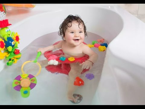How to Make My Baby Bath Time Happy | Funny little baby in the ...