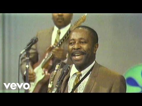 4762ddcbe1ae1 Louis Jordan & His Tympany Five - GI Jive (Live) - YouTube