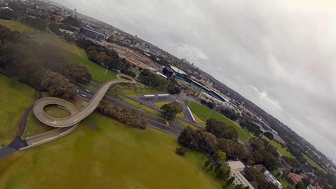 Iflight DC5 Titian DJI 6S Wet Weather fly Sydney. This thing is insane. картинки