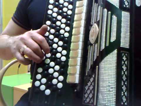 Баяны weltmeister воплощение немецкого качества в музыкальном инструменте!. Баяны weltmeister производятся на старейшей фабрике аккордеонов.