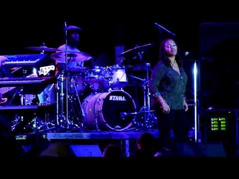 Lalah Hathaway - Live -