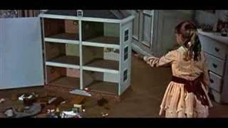 Mary Poppins - basta un poco di zucchero e la pillola va giù