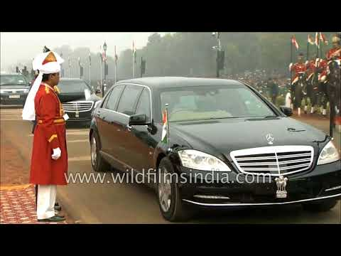 Indian President Ram Nath Kovind arrives in Mercedes-Benz S 600 (W221) Pullman Guard