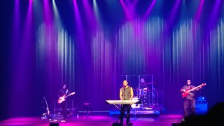 Gambar cover Brian McKnight 6,8,12 LIVE!