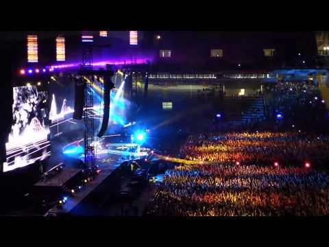 MUSE - Man with Harmonica + Knights of Cydonia (Live @ Barcelona 2013) [MULTICÁMARA]