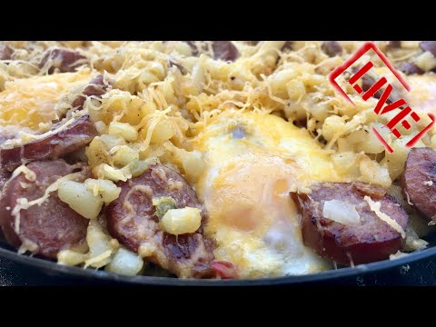 BLACKSTONE CHESSY POTATO AND SAUSAGE BREAKFAST SKILLET ON A FLAT TOP GRIDDLE