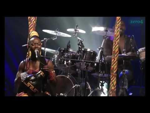 Dobet Gnahoré - Paléa en Live (rare)