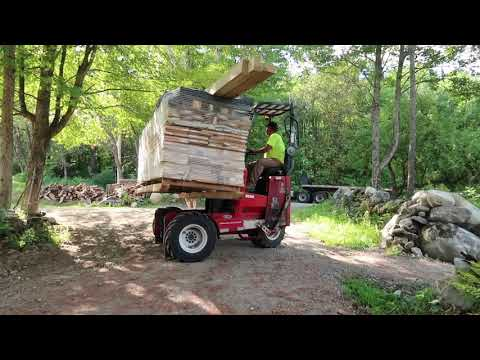 Ordered a Post & Beam Shed on the Internet this is What we GOT!