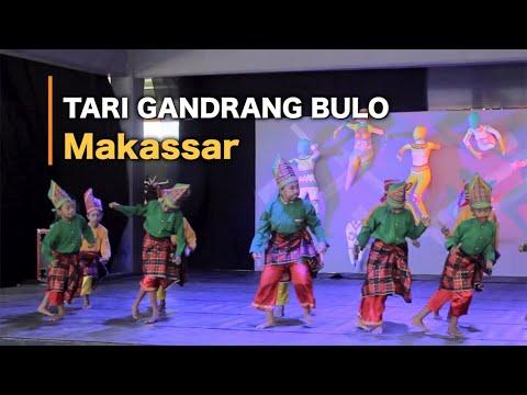 Gandrang Bulo Dance - MAKASSAR