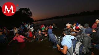 Caravana migrante cruza Río Suchiate, dicen que la necesidad los hace partir