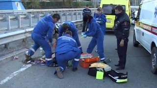На автомобильной развязке Седанка-Патрокл разбился мотоциклист