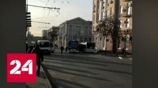 Ростовский водитель руками пытался остановить сбежавший автобус - Россия 24