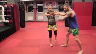Сайд-степ в боксе и тайском боксе, защита и уход с линии атаки от Андрея Басынина
