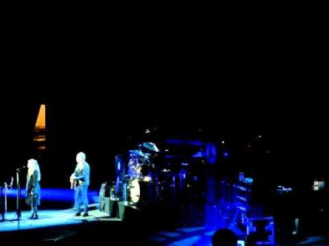 Landslide - Fleetwood Mac - London 27 September 2013